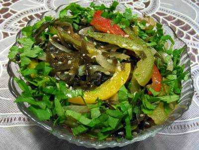 фото салатов с морской капустой