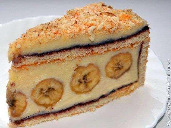 Торт из бананов без выпечки из коржей